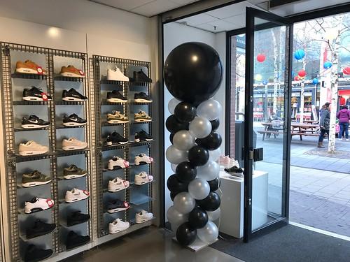 Ballonpilaar Breed Rond Sneakers in de Boogaard Rijswijk