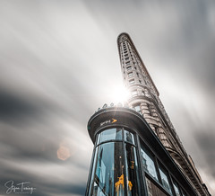 Wind & Lights at Flatiron Building (bin.angeknipst) Tags: newyork usa architecturephotography bigapple cloudporn clouds flatiron flatironbuilding flatirondistrict icapturenyc igersofnyc instatravel manhattan newyorkig newyorkcity newyorkexplored nyc nycprimeshot picturesofnewyork skyline skyscraper sunset sunshine topnewyorkphoto travelphotography unlimitednewyork usaprimeshot visitnyc whatisawinnyc wildnewyork
