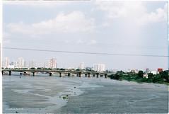 000054 (vuphone0977) Tags: vietnam yashica takuma 55f18 vistaplus200 saigon sàigòn cafe2fone landscape streetlife mylife