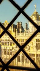 Distorted Glitter (John of Witney) Tags: window diamond building architecture gold grandplace brussels belgium