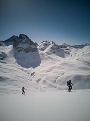 IMG_20190501_095750 (N1K081) Tags: alps austria berge bergtour lech mehlsack mountains schnee ski skifahren skitour stierlochjoch winter zug österreich