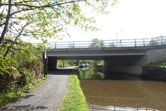 Towpath under Tesco drive, Whaley Bridge   (Peak Forest Canal)   May 2019 (dave_attrill) Tags: bridge towpath whaleybridge peakforest canal peakdistrict nationalpark derbyshire may 2019 cheshirering waterway