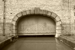 Whaley Bridge Wharf   (Peak Forest Canal)   May 2019 (dave_attrill) Tags: dock wharfbuilding wharf whaleybridge peakforest canal towpath peakdistrict nationalpark derbyshire may 2019 cheshirering waterway sepia monochrome