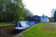 Hire barge, Whaley Bridge Wharf   (Peak Forest Canal)   May 2019 (dave_attrill) Tags: barge moored basin wharf whaleybridge peakforest canal towpath peakdistrict nationalpark derbyshire may 2019 cheshirering waterway