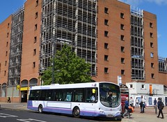 Leeds (Andrew Stopford) Tags: mv02vbx volvo b7l wright eclipse first leeds