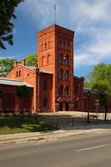 Księży Młyn (3) (Krzysztof D.) Tags: polska poland polen architektura architecture building cegła cegły czerwona czerwone red brick łódź łódzkie