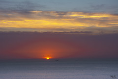 Ocaso en la Ría...!!! (Camelia-5) Tags: ría ares coruña atlántico agua cielo ocaso