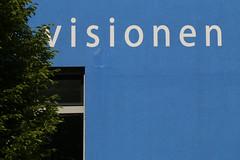 visionen (gripspix (Catching up!)) Tags: 20190521 grunge building gebäude detail visionen visions inscription schriftzug blue blau white weis tree baum