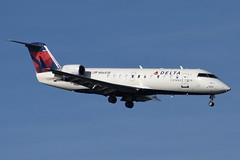 Delta Connection (Endeavor Air) - Bombardier (Canadair) CRJ-200 (CL-600-2B19) - N8683B - John F. Kennedy International Airport (JFK) - February 19, 2019 137 RT CRP (TVL1970) Tags: nikon nikond7200 d7200 nikongp1 gp1 geotagged nikkor70300mmvr 70300mmvr aviation airplane aircraft airlines airliners johnfkennedyinternationalairport kennedyairport jfkairport jfkinternational jfk kjfk bayswaterpark n8683b deltaconnection deltaairlines delta endeavorair pinnacleairlines pinnacle northwestairlink northwest nwa bombardieraerospace bombardier bombardiercrj200 bombardiercrj canadair challenger cl600 cl6002b19 crj crj200 regionaljet generalelectric ge gecf34 cf34 cf343b1