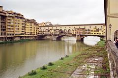 Ponte Vecchio (dvd.otero) Tags: analog film kodak vision3 250d olympus om10 italy tuscany
