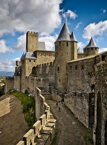 Per la porta de l'Aude / Aude gate