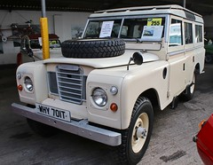 WHY 701T (Nivek.Old.Gold) Tags: 1979 land rover 109 series 3 station wagon 3528cc v8 aca thornfalconclassics