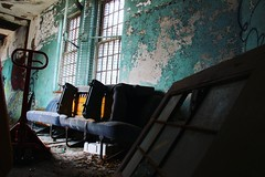A-Peeling Hall (CaptJackSavvy) Tags: abandonedbuilding urbandecay decay urbanexploration urbanspelunking urbanex urbex urban peelingpaint