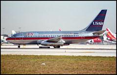 N253AU - Miami (MIA) 21.01.1997 (Jakob_DK) Tags: b732 b737200 boeing boeing737 737 b737 737200 boeing737200 kmia mia miamiinternationalairport wilcoxfield usa usair 1997 n253au