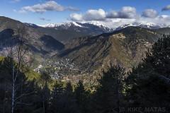 Camí dels Matxos, Principat d'Andorra (kike.matas) Tags: canon canoneos6d canonef1635f28liiusm kikematas camídelsmatxos lesescaldes andorra andorre principatdandorra pirineos paisaje montañas nature nieve primavera bosque nubes arboles ciudad senderismo excursión hiking lightroom6 андорра
