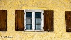 Miesbach (Germany) the window / das Fenster #Miesbach #Bayern #Deutschland #Stadt #Gebäude #Fenster #CanonPowerShotG3X #Ph_Video (Ph Video) Tags: canonpowershotg3x deutschland gebäude stadt bayern miesbach phvideo fenster
