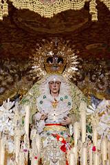 Esperanza Macarena (Roelie Wilms) Tags: nazarenos esperanzamacarena españaandalusië spain spanje sevilla seville semanasanta macarena