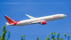 AIR INDIA B777-333(ER) (lavierphilippephotographie) Tags: airindia lhr heathrow london plane airplane aircraft airline airliner longhaul longcourrier spotter planespotter planespotting spotting avgeek boeing b777 b777333er