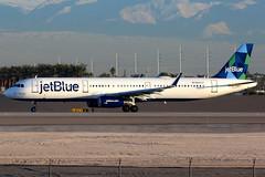 jetBlue Airways | Airbus A321-200 | N943JT | Las Vegas McCarran (Dennis HKG) Tags: aircraft airplane airport plane planespotting canon 7d 100400 lasvegas mccarran klas las jetblueairways jetblue jbu b6 airbus a321 airbusa321 sharklets n943jt