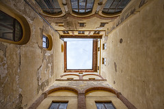inside (crazyhorse_mk) Tags: siena tuscany city italy town courtyard building inside view sky window