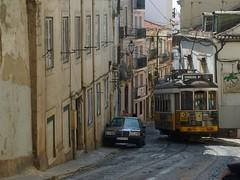 Carris 560 (Elad283) Tags: lisbon portugal lisboa elétricosdelisboa elétricos eletrico lisbontram remodelado carris tram tram28 560 alfama