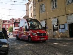 Douro Acima 27-SI-74 (Elad283) Tags: lisbon portugal lisboa alfama douro douroacima 27si74 mercedesbenz 519cdi liderbus minilider sprinter sightseeing opentopbus mercedesbenzbus mercedes evobus