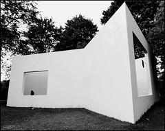 Living with nature #2 (Logris) Tags: art kunst skulptur sculpture haus gebäude canon köln cologne skulpturenpark bw sw monochrome monochrom