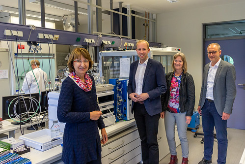 Besuch des Landesamtes für Verbraucherschutz und Lebensmittelsicherheit in Oldenburg mit Vizepräsidentin Barbara Woltmann (links).