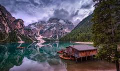 Wolkenhimmel über dem Pragser Wildsee (19MilkyWay89) Tags: landscape sky clouds lake lago di braies pragser wildsee light mountains italy nature