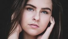 DENS2245-16 (YouOnFoto) Tags: girl meisje beauty schoonheid dark donker blue eyes blauwe ogen lowkey daglicht natural light close up hands handen dichtbij emotional intens intense fujifilm xt20 systeemcamera model