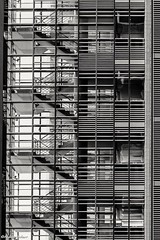 Berlin (andreasscharr) Tags: canon5dmarkiv canon schwarzweis blackwhite monochrom einfarbig berlin hauptstadt germany architectur architecture ef70200f4lisusm linien lines steel stahl treppen glas