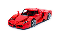 Enzo Ferrari 1:16 (1) (Noah_L) Tags: lego creation moc own ferrari enzo red car sportscar supercar hypercar noahl