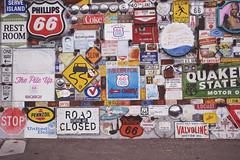 New Mexico - XL (• CHRISTIAN •) Tags: nouveaumexique newmexico usa étatsunis southwest albuquerque abq architecture artdeco stationservice gasstation garage route66 sign panneau grandangle wideangle