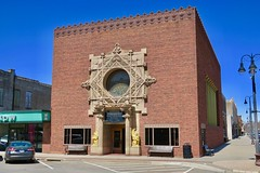Merchants' National Bank, Grinnell, IA (Robby Virus) Tags: grinnell iowa ia merchants national bank building louis sullivan architect architecture banking