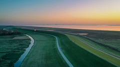 Ostfriesland (Pascal Riemann) Tags: abendstimmung deutschland ostfriesland greetsiel deich pilsumerleuchtturm natur nordsee landschaft eastfrisia germany landscape nature outdoor pilsumlighthouse eveningmood northsea krummhörn niedersachsen drone