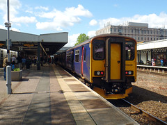 150238 Exeter Central (Marky7890) Tags: gwr 150238 class150 sprinter 2r23 exetercentral railway devon train