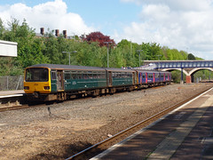 143603 & 150238 Exeter Central (4) (Marky7890) Tags: 150238 class150 sprinter gwr 143603 class143 pacer 2f25 exetercentral railway devon train