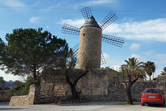 Mallorca wind mill (SomePhotosTakenByMe) Tags: windmill windmühle mill mühle gebäude building architektur baum tree auto car mallorca majorca balearicislands balearischeinseln insel island balearen outdoor