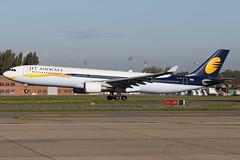 VT-JWR 30102013 (Tristar1011) Tags: ebbr bru brusselsairport jetairways airbus a330300 a333 vtjwr
