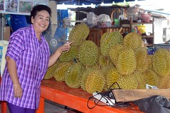 proud of her durians (the foreign photographer - ฝรั่งถ่) Tags: woman durian khlong lard phrao portraits bangkhen bangkok thailand nikon d3200