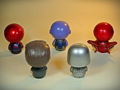 Funko – Dorbz – Marvellous Tiny Guys – Back (My Toy Museum) Tags: funko dorbz marvel marvellous stark tony iron man spiderman thanos avengers