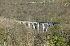 Viaduc de Longeray @ Hike to Le Vuache (*_*) Tags: randonnee nature montagne mountain hiking walk marche 2019 printemps spring april jura vuache europe france ain leaz 01 bridge viaduc longeray