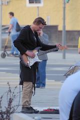 IMGP7822 (PahaKoz) Tags: весна город городской пейзаж москва улица spring cityscape city landscape street moscow музыкант гитара musician guitar вечер even eventide evening