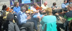 Street Session, Louisburgh 5 May 2019 (Diego Sideburns) Tags: 25thféilechoiscuain féilechoiscuain comayo louisburgh ireland traditionalirishmusic
