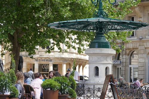 La vie comme à Bordeaux, à l'heure de l'apéritif rue Montesquieu, Bordeaux, Gironde, Nouvelle-Aquitaine, France.
