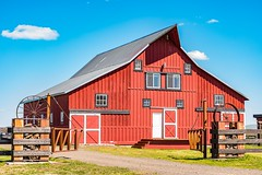 Red barn (Washington State Department of Agriculture) Tags: april klickitatcounty wsdagov washingtonstatedepartmentofagriculture barn spring washington washingtonstate