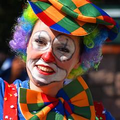 portrait corso Roquebrune France_6100 (ichauvel) Tags: clown portrait regard eyes yeux sourire smile déguisé carnaval corsoderoquebrunesurargens joie happiness multicolore exterieur outside bonnehumeur goodmood provencealpescôtedazur france europe westerneurope