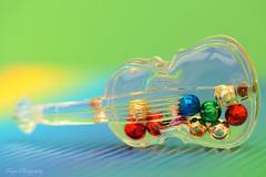 Vibration... (Maria Godfrida) Tags: crazytuesday fullofcolour color music vibration bowedinstrument balls colourful colorful macro closeup transparant globules colour miniature