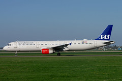 A321 LN-RKI SK 3 (Avia-Photo) Tags: airport airline airliner aviacion aeroplane airplane aircraft airlines airliners avion airbus ams aviation eham flugzeug jet luftfahrt plane planespotting pentax spotter