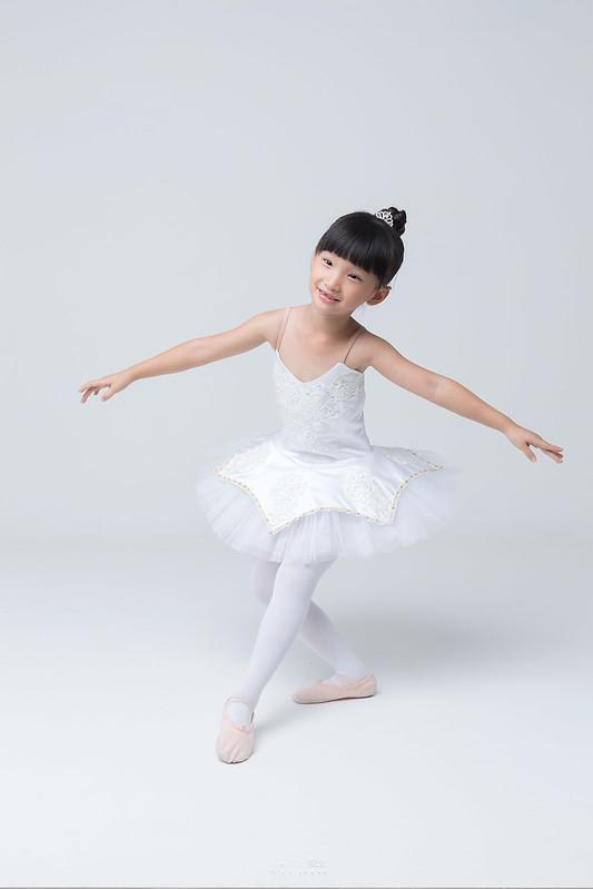 小女孩兒的芭蕾夢 | 台南舞蹈教室 迪迪舞蹈 | 兒童寫真 6